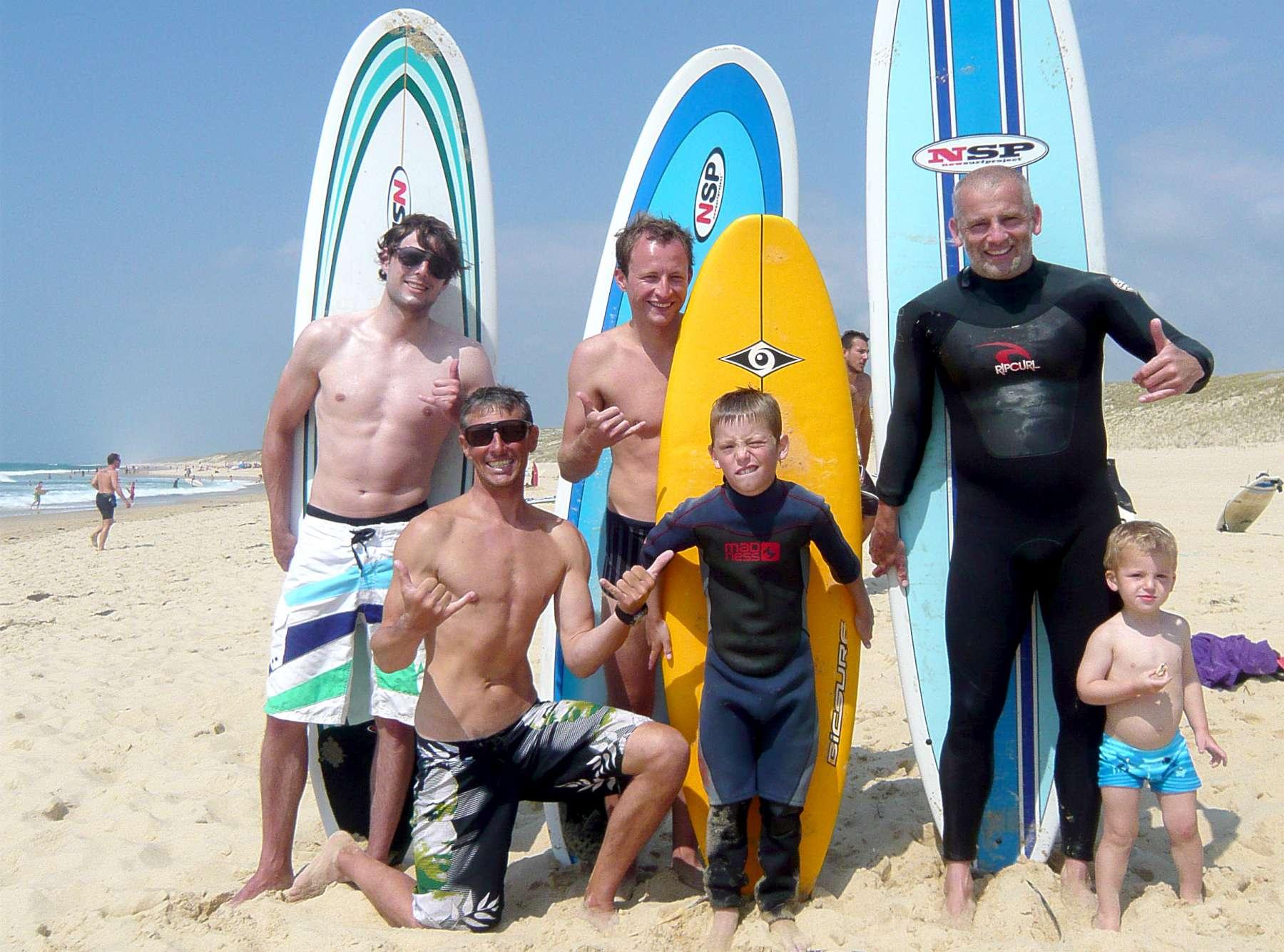 surf-camp-france-family.jpg