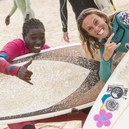 Entdecke fantastische Wellen und menschenleere Line-Ups in einem herzerwärmendem Land und Kultur des Senegal im Mittelpunkt von Westafrika.