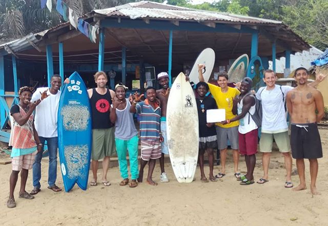 Last day with the Bureh Beach Surf Club. Thank you for hosting us again, you are the best!! Now back to Surfcity BCN & TGN.
