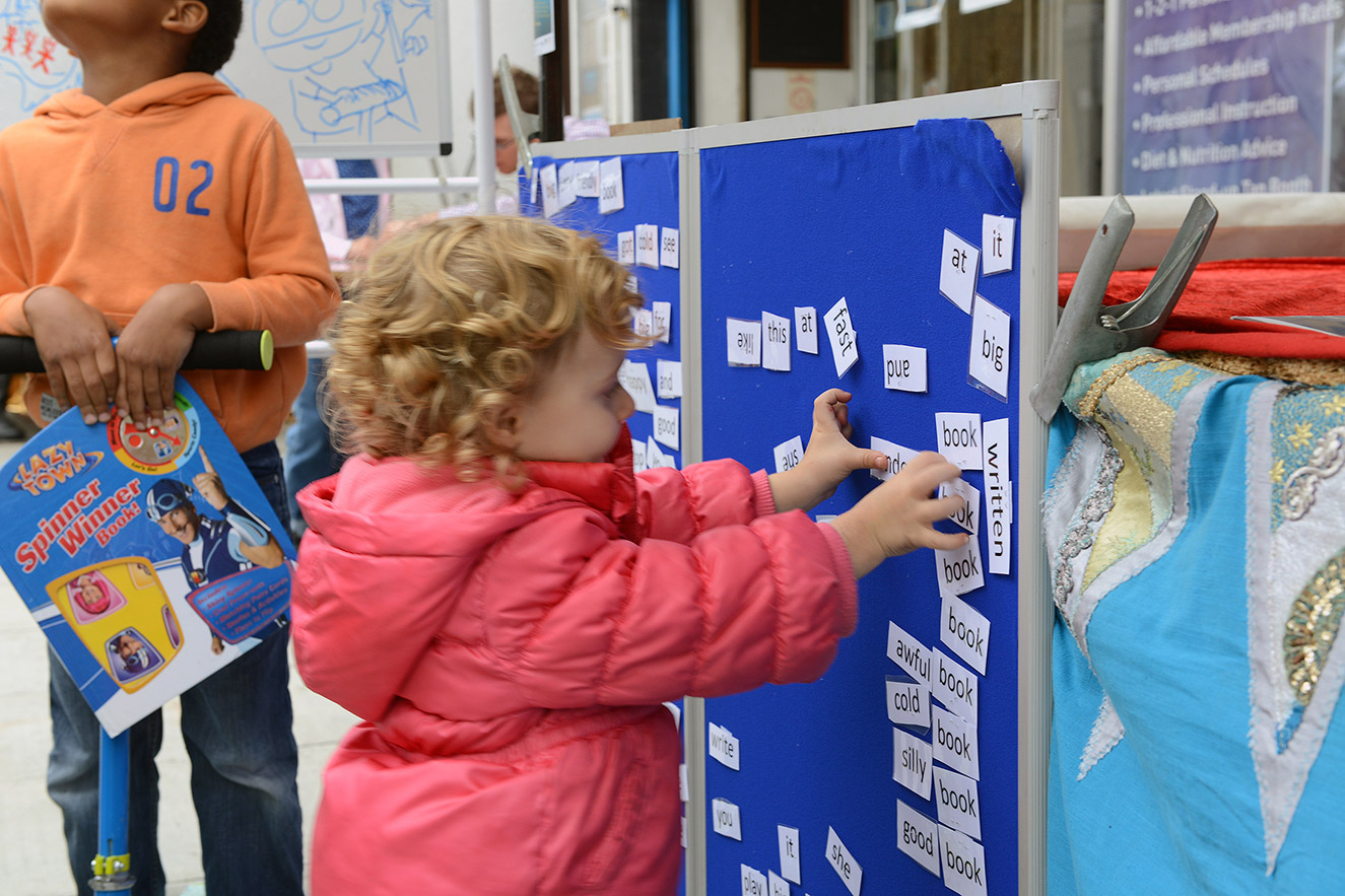 kiddie making poem.jpg