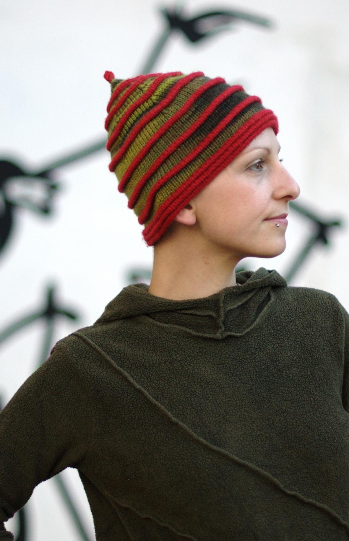 Beelore pixie Hat knitting pattern