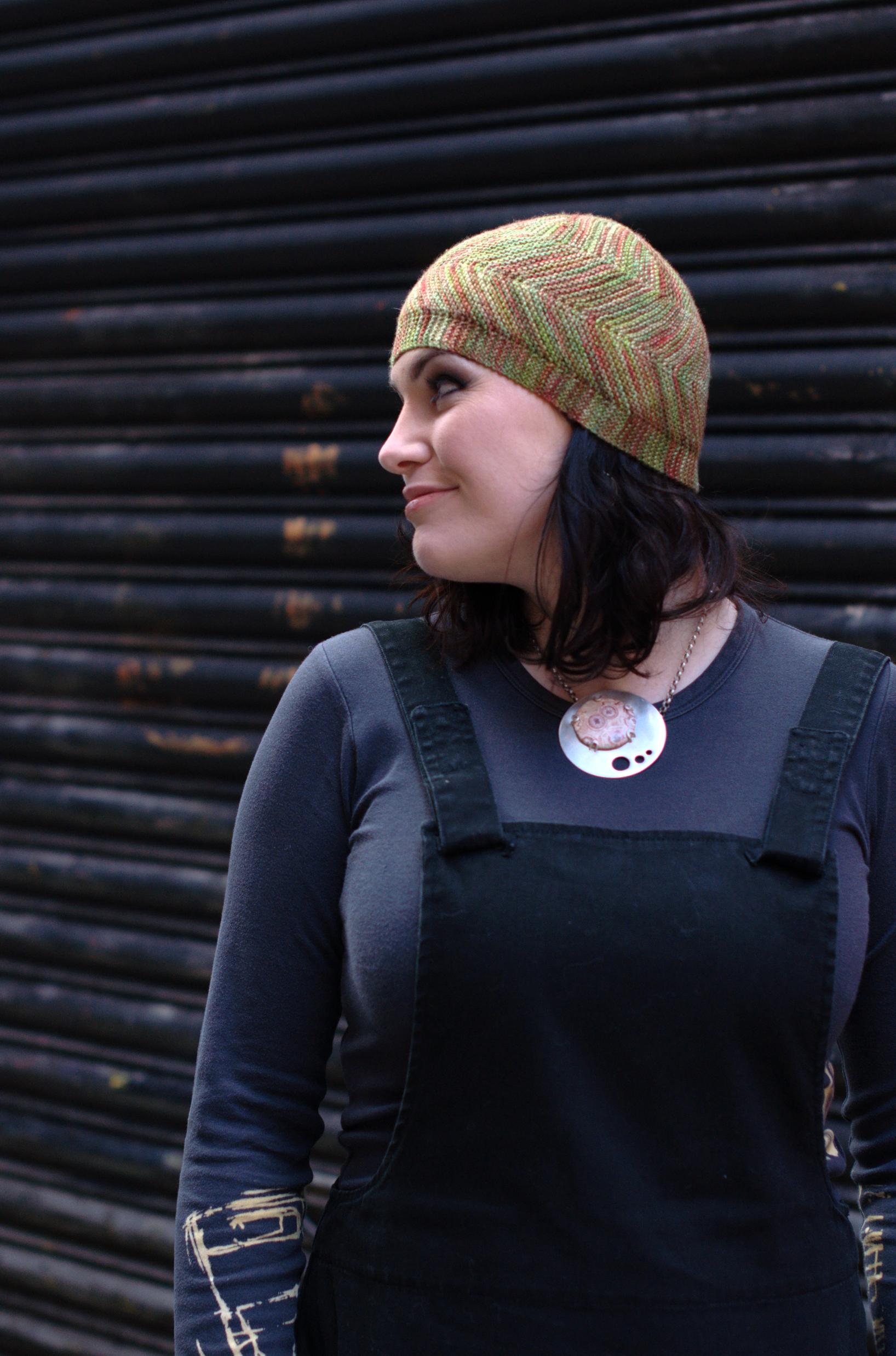 Dancette sideways knit Hat pattern