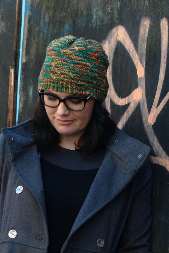 Helical slouchy Hat knitting pattern