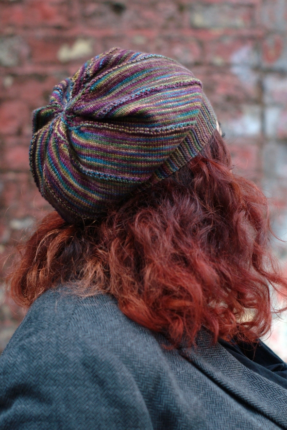 Lamitra slouchy sideways knit Hat pattern