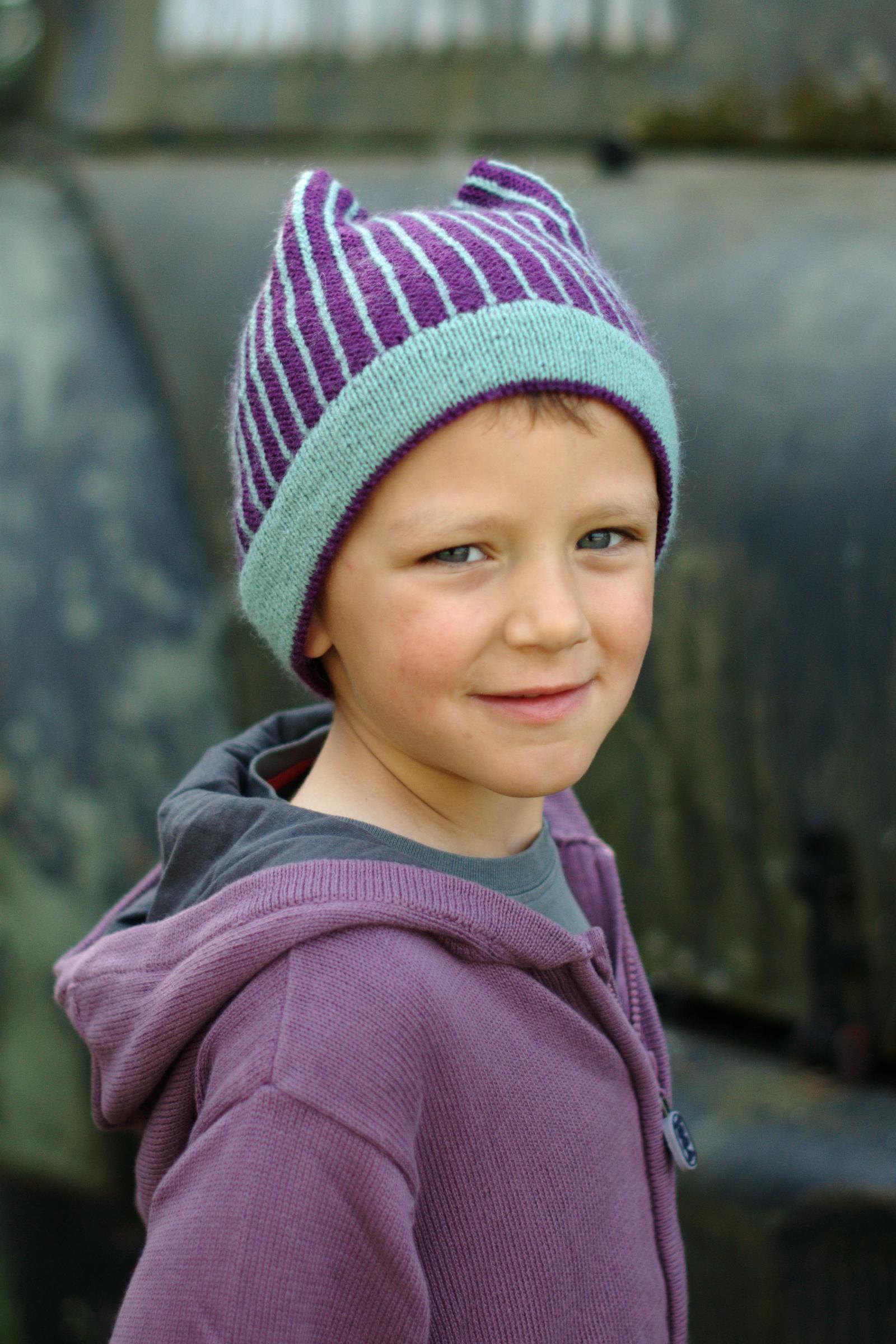 Mercury fairisle pinstripe Hat knitting pattern
