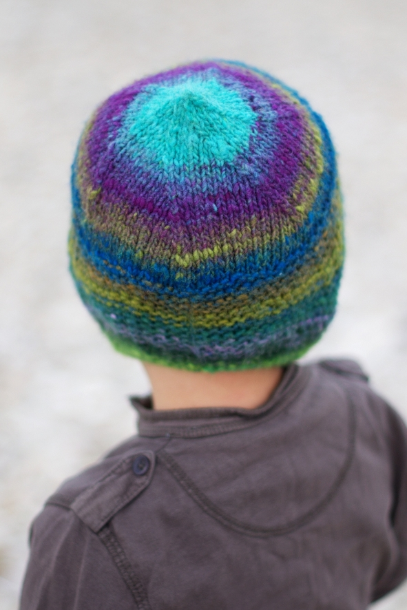 Quynn chullo pixie Hat knitting pattern