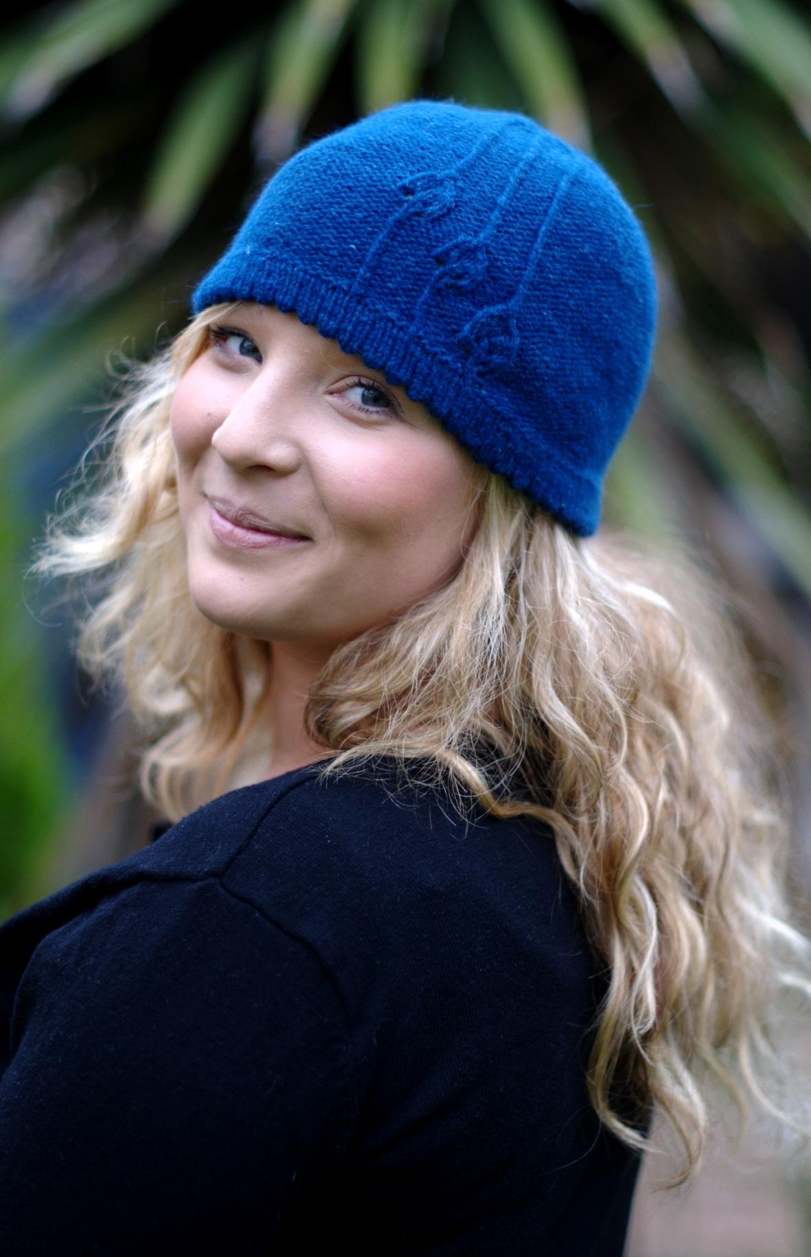 Rennie cloche Hat knitting pattern