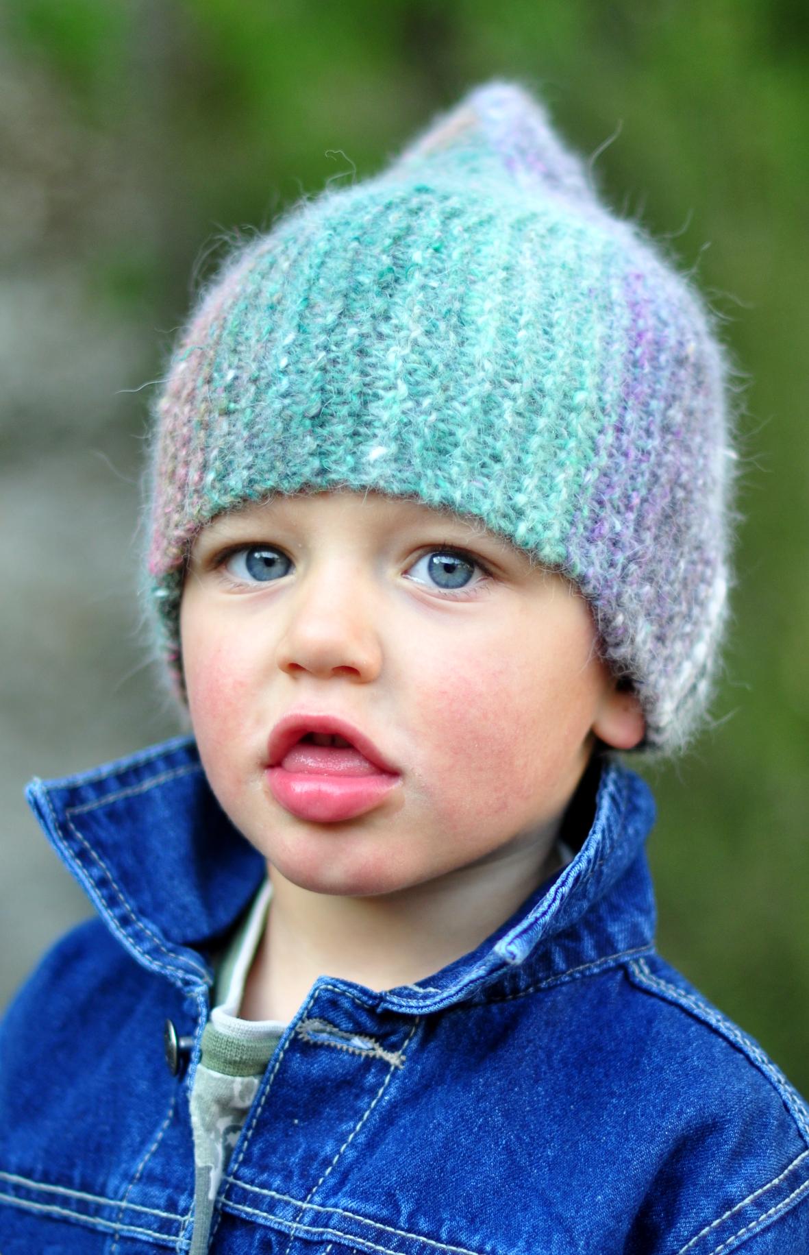 Rocketeer garter stitch sideways knit pixie Hat pattern