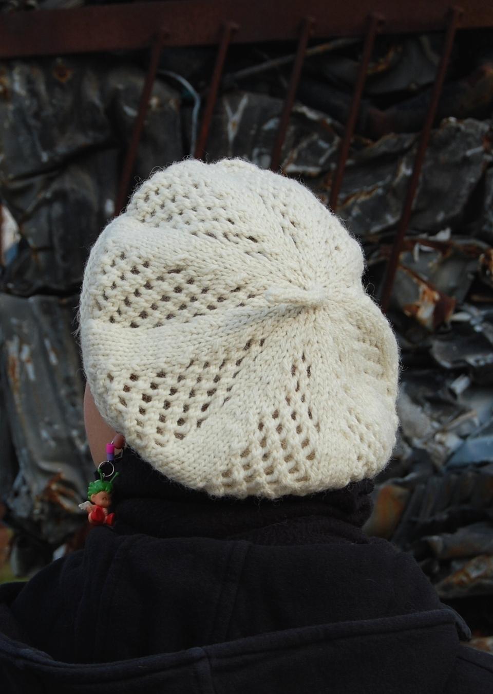 Trellis Beret hand knitting pattern
