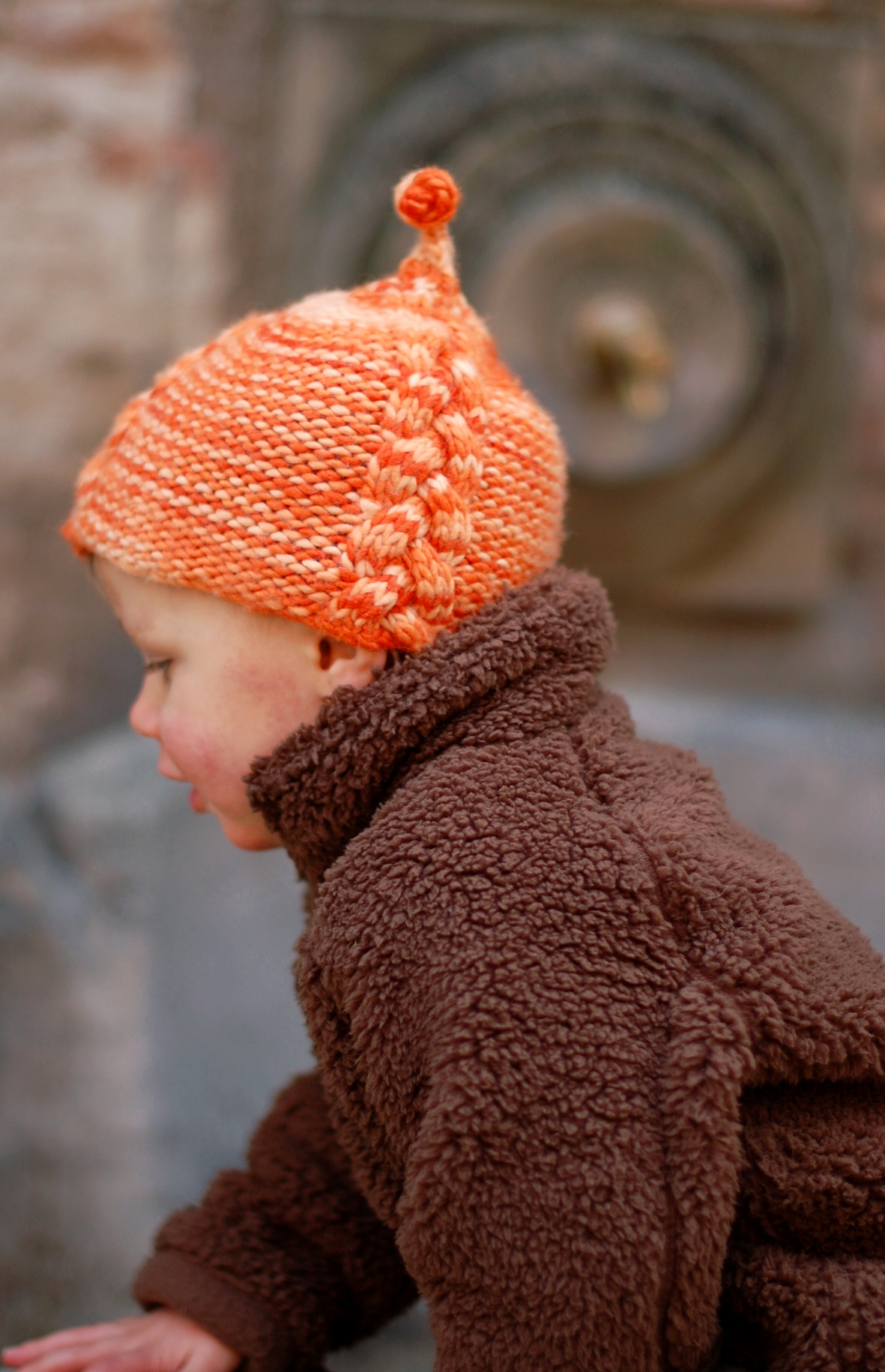 Lollie cable pixie Hat knitting pattern