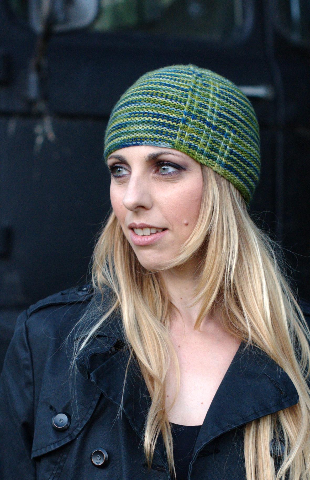 Gorton garter slipped stitch beanie for hand-dyed sport weight yarn
