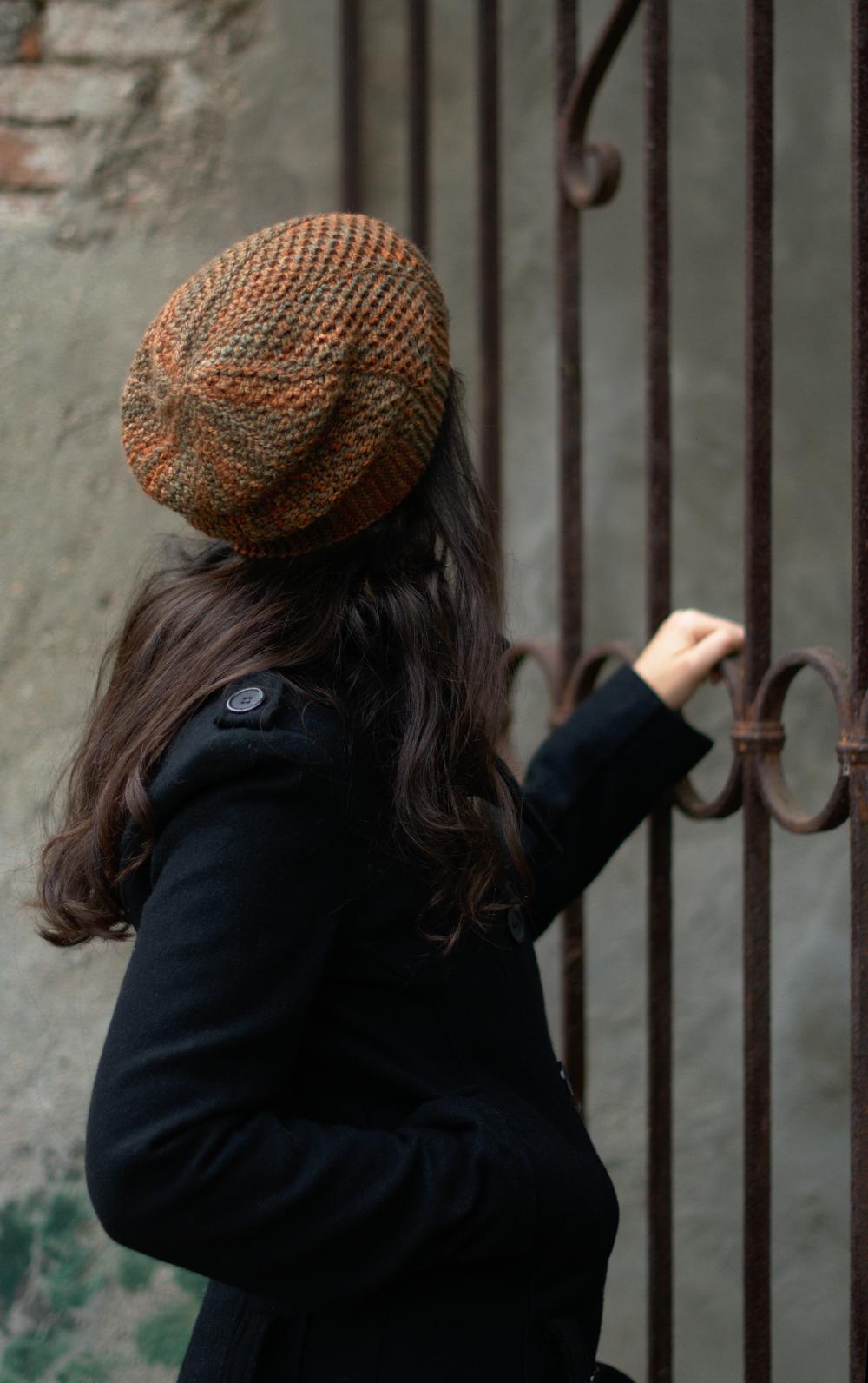 Muratura sideways knit slouchy Hat knitting pattern