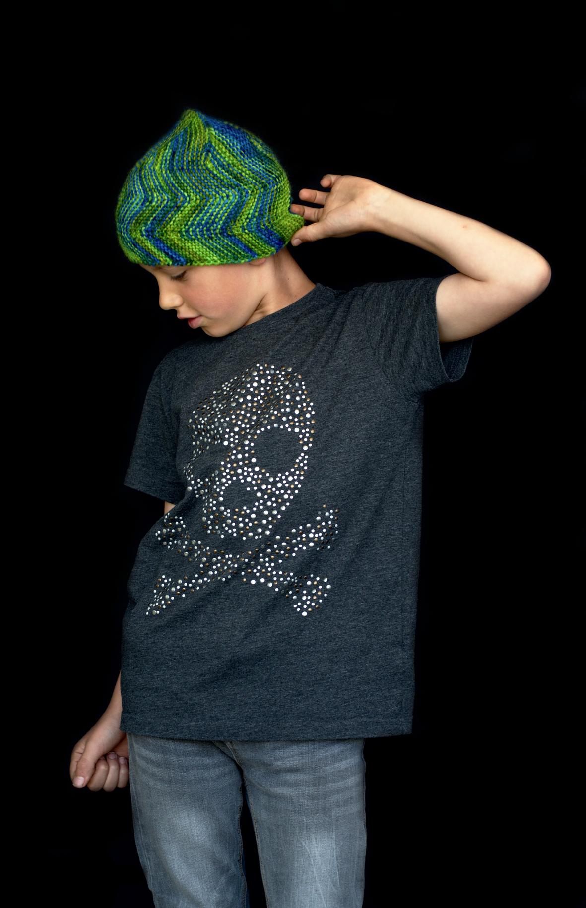 Mobberley hand knitting pattern for sideways knit pixie beanie