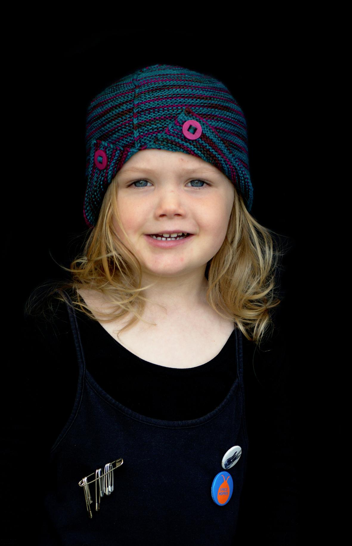 Wychavon cloche Hat knitting pattern for sock yarn