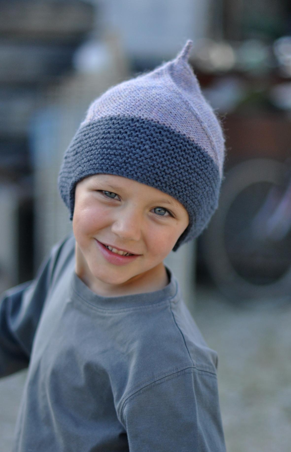 Alfur pixie earflap Hat knitting pattern