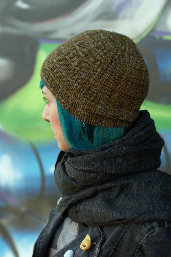 Circled 3 sideways knit slipped stitch slouchy Hat knitting pattern