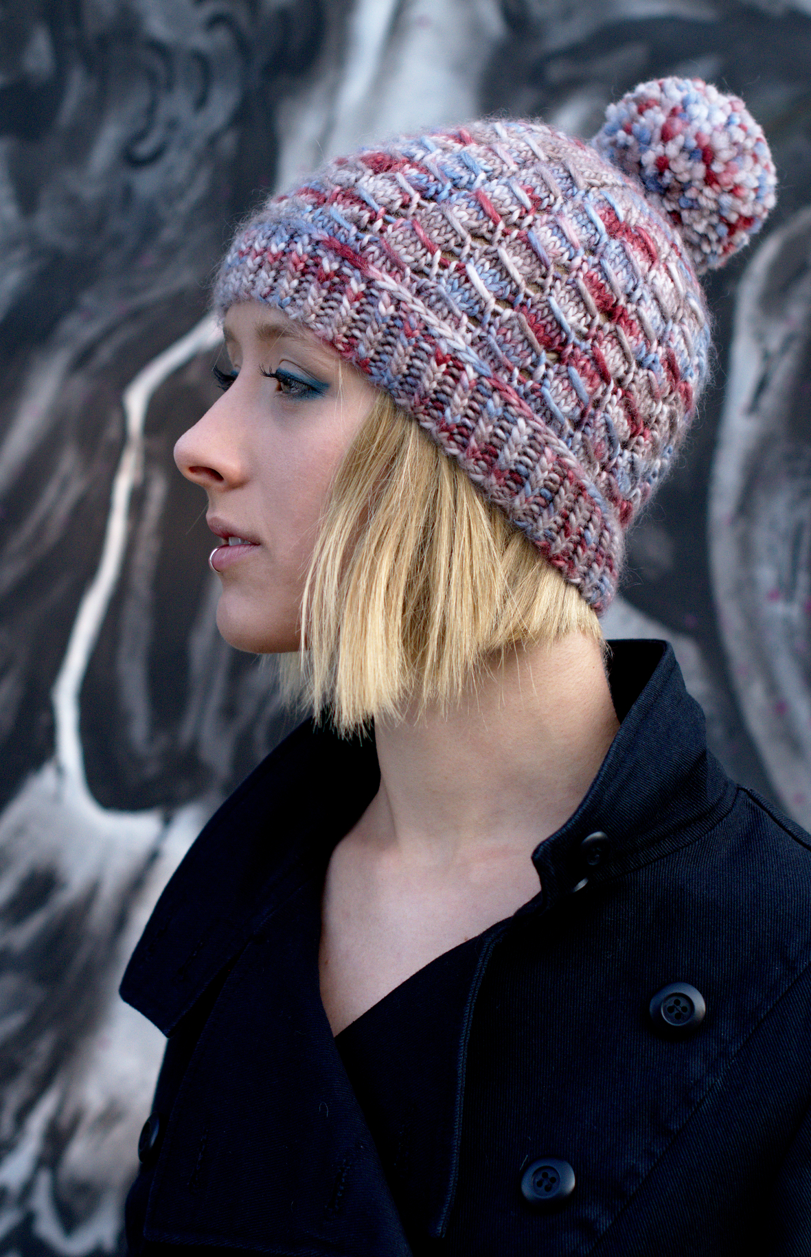 Laccio beanie hand knitting pattern for aran weight yarn