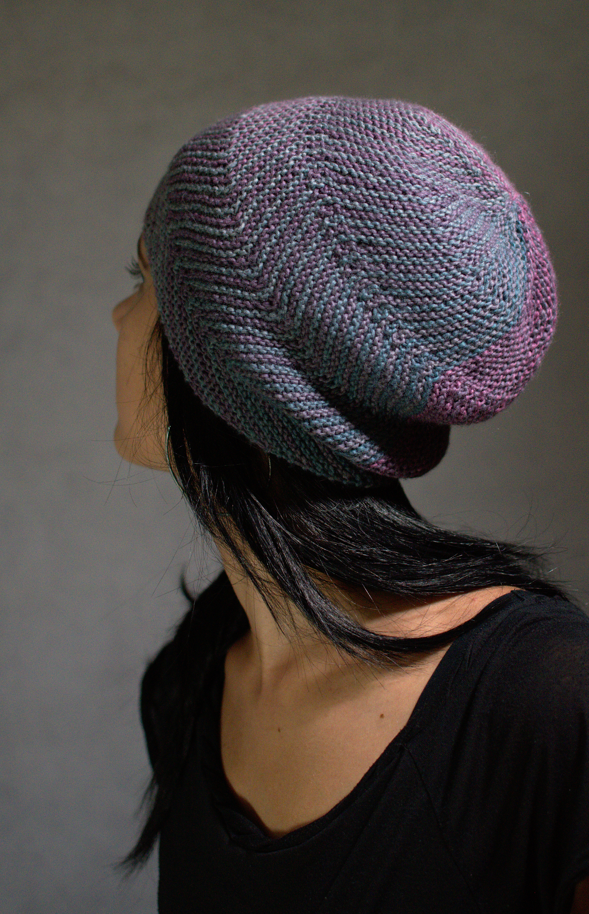 Juxta sideways knit Hat knitting pattern for gradient yarn