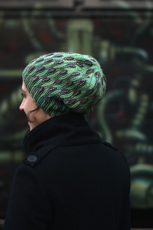 Diponaea sideways knit two colour slouchy hat for DK yarn