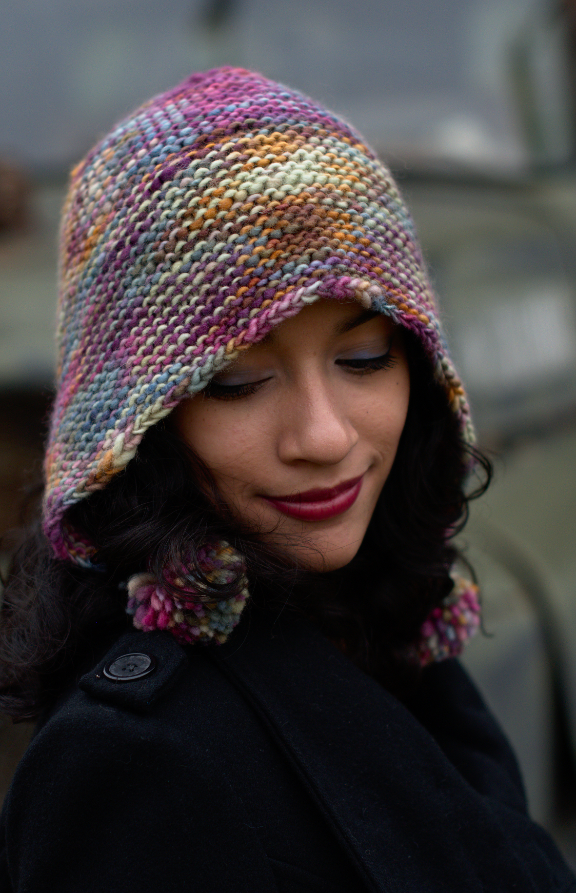 Angelica's Bonnet hand knitting Hat pattern for chunky weight yarn