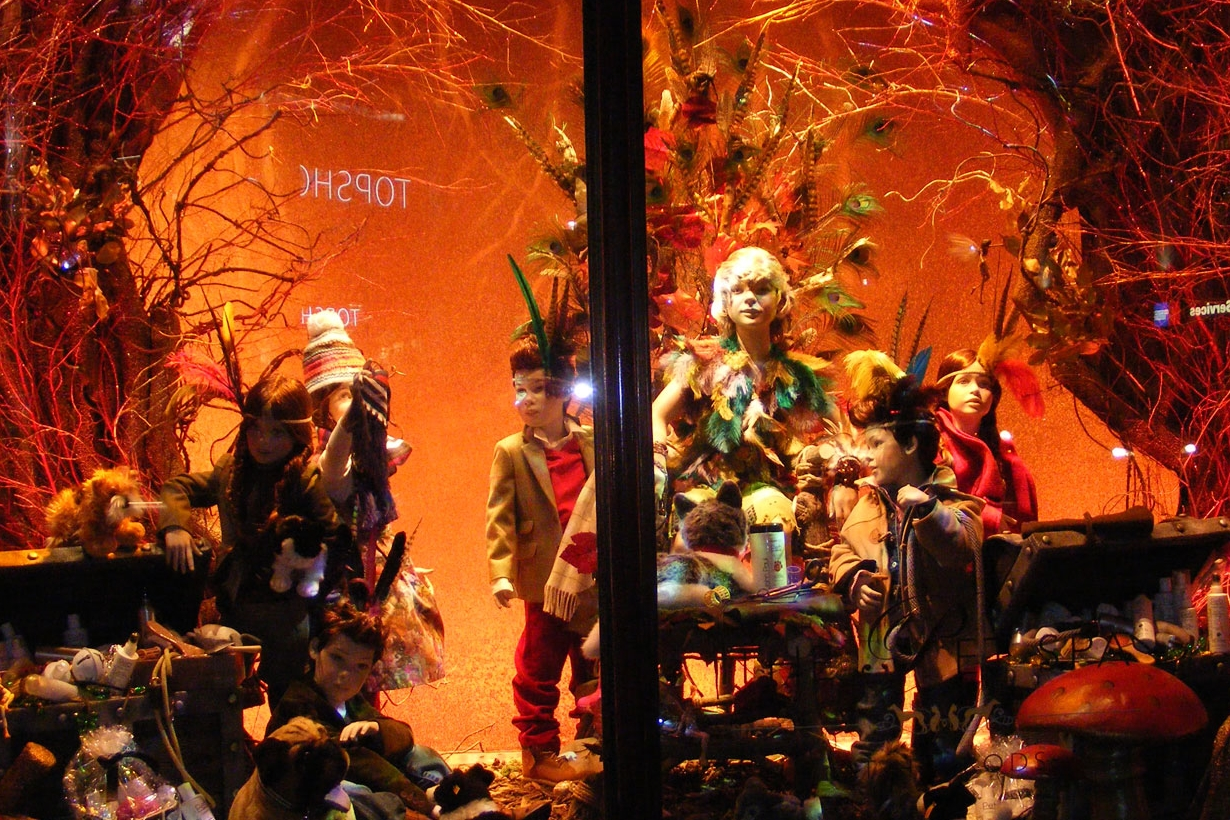Propability-_-Window-Display-_-Scenic-Painting-_-Model-Making-_-Dressing_--and-Design_-Manufacture-and-Installation-_-Peter-Pan-Harrods-_-final-window-.jpg