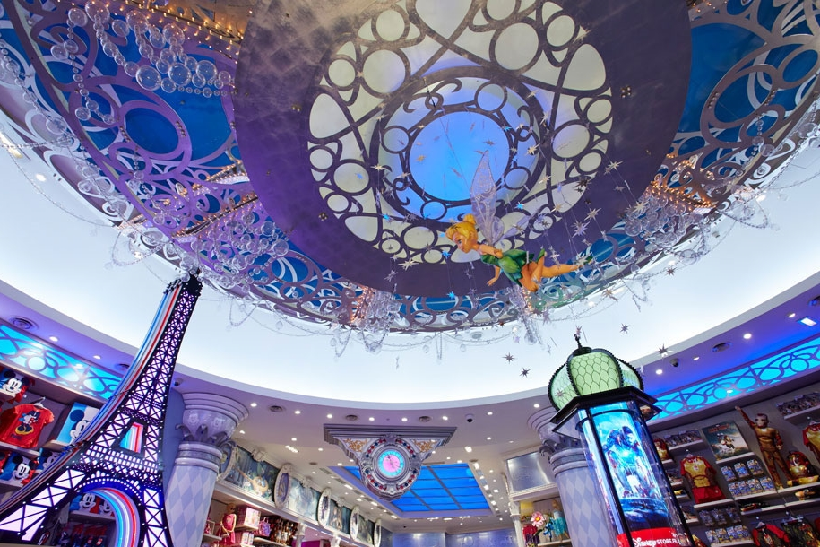 Propability-_Store-Development-_-Shop-fixtures-and-fittings-Visual-Merchandise-Creative-Design-_-Build-&-Manufacture-_-Installation-_-Disney-Store-Paris-_-final-instore-_-tinkerbell.jpg