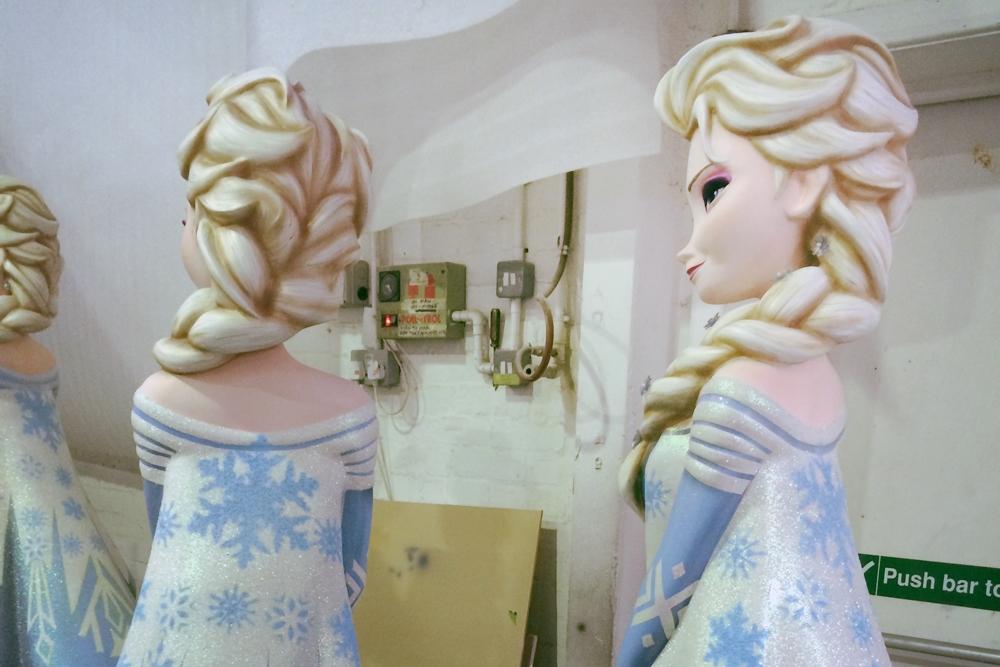 Store development, Disney Store, Frozen, Sven, Anna, Elsa, Christmas 2014, Sculpts, Props, VM, Retail Design, In-store Theming, Visual Merchandising, Shop Design,
