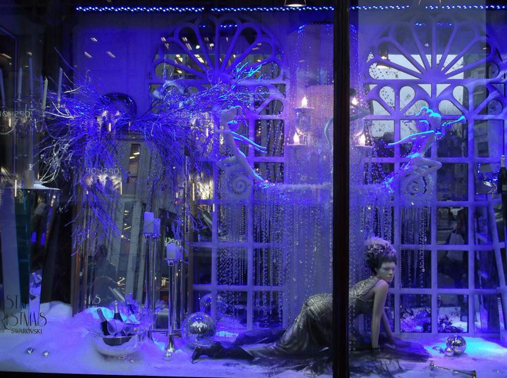 Swarovski-Christmas-Windows-Harrods-Props-&-Sculpts
