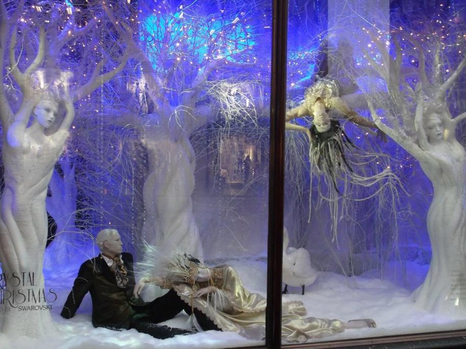 Swarovski-Christmas-Windows-Harrods-Props-&-Sculpts-1