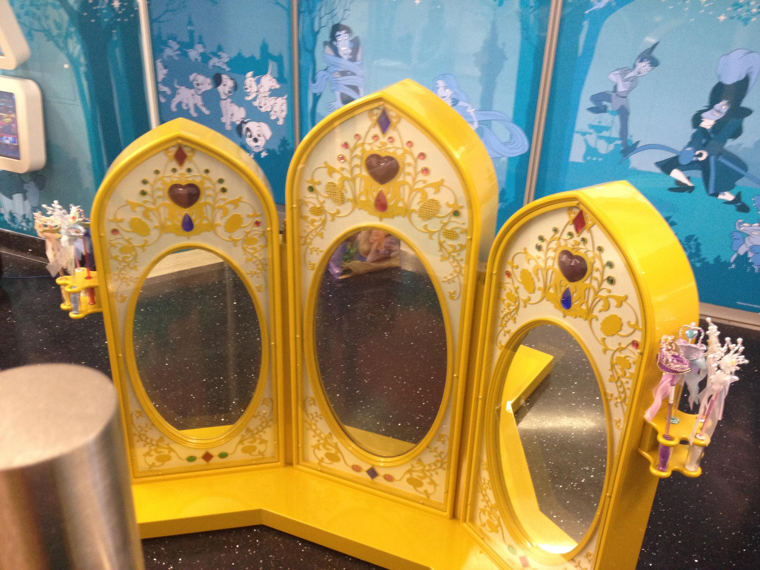 GOSH-Disney-Playhouse-Interactive-Fixture-Specialsit-Fixture