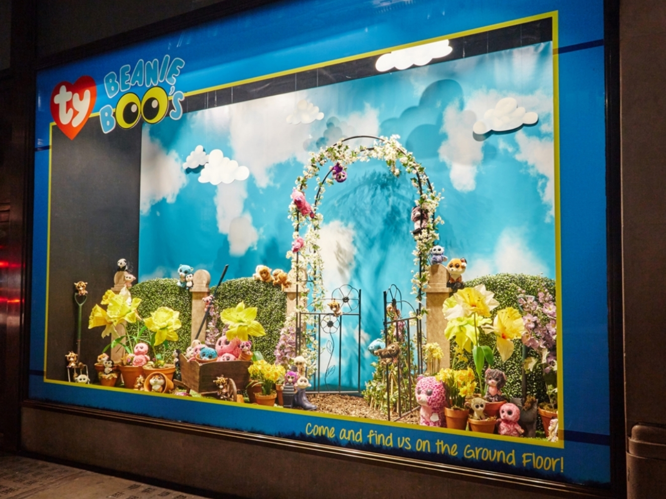TY Hamleys - Window Displays -Visual Merchandising