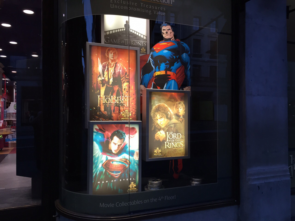 Window-Displays,-Hamlyes,-LED-light-boxes,-The-Noble-Collection,-Superman,-The-Hobbit,-Harry-Potter.jpg