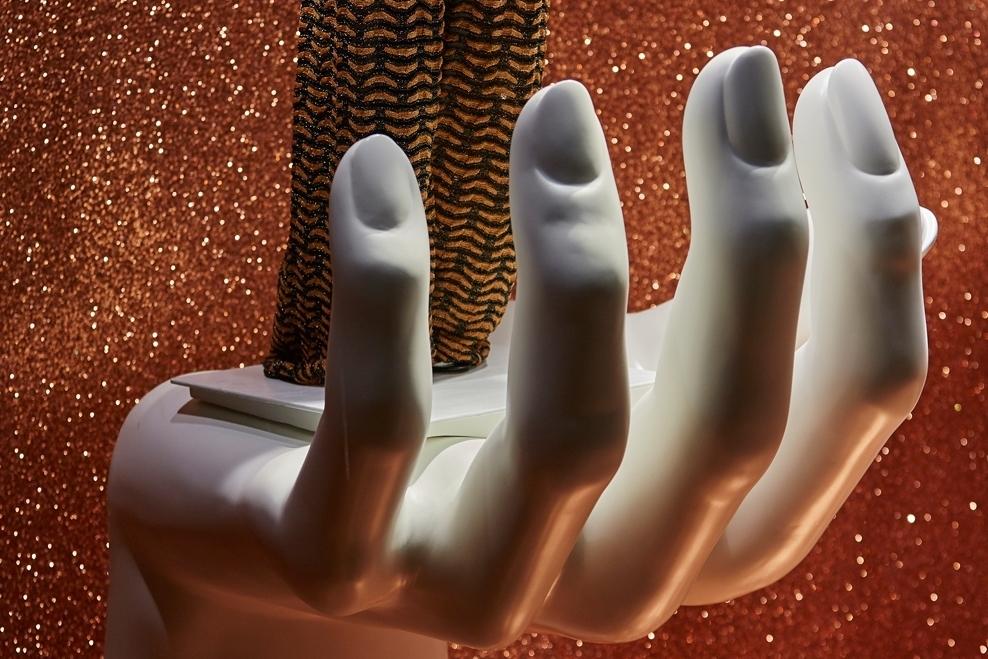 Props-&-Sculpts-Fenwick,-Bond-Street,-Fashion,-Mannequins,-Retail,-Visual-Merchandise,-Pedalstall-#instagl.jpg