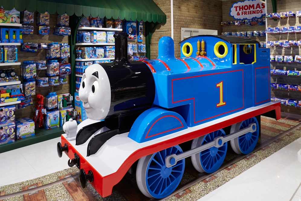 Propability-Toy-Store,-Specialist-Fixtures,-Store-Development-Thomas-the-Tank-Engine-&-Tracks-Side-of-Sculpt.jpg