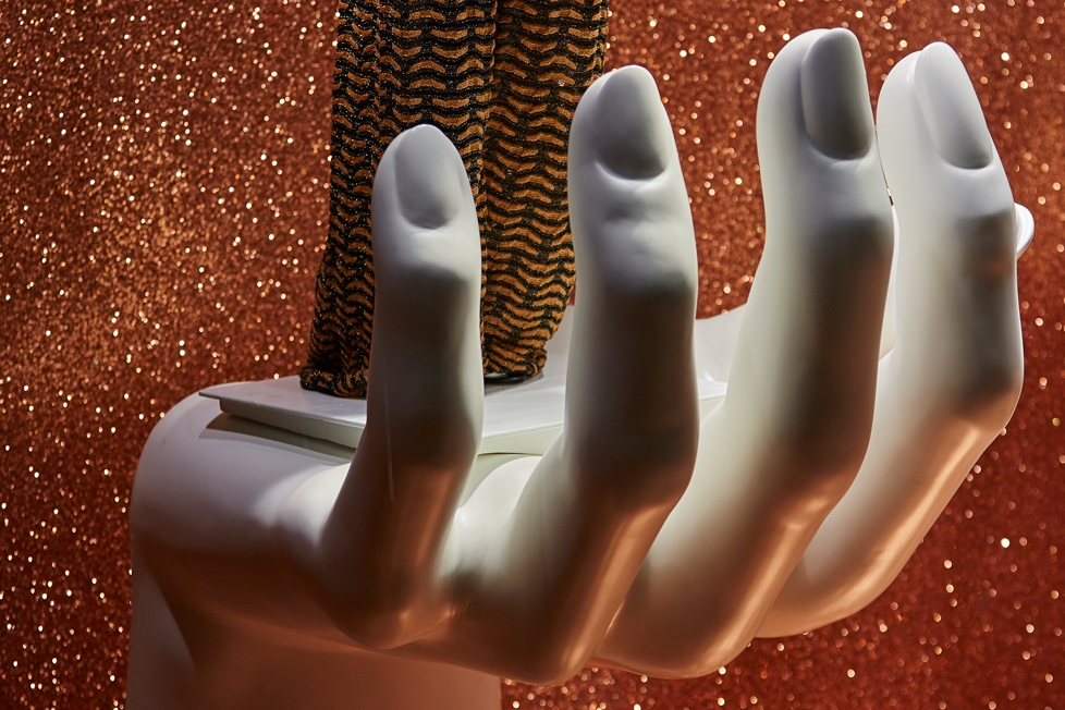 GIANT HAND SCULPTS - #INSTAGLAM, FENWICK    July 2015