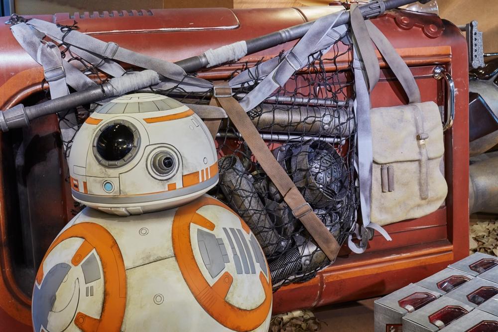 Star-Wars,-Disney-Store,-Oxford-Street,-Shop-Fittings,-Visual-Merchandising,-Props-&-Sculpts,-Droid-BB8.jpg