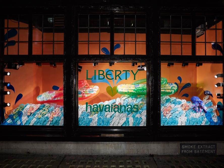 Liberty-London,-Havaiana-Window-Display,-Mechanical-Animation.jpg