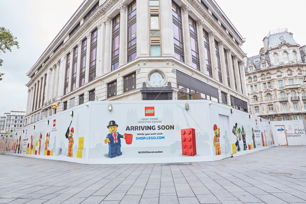 #LEGOSTORELONDON HOARDING - LEGO STORE LONDON    July 2016