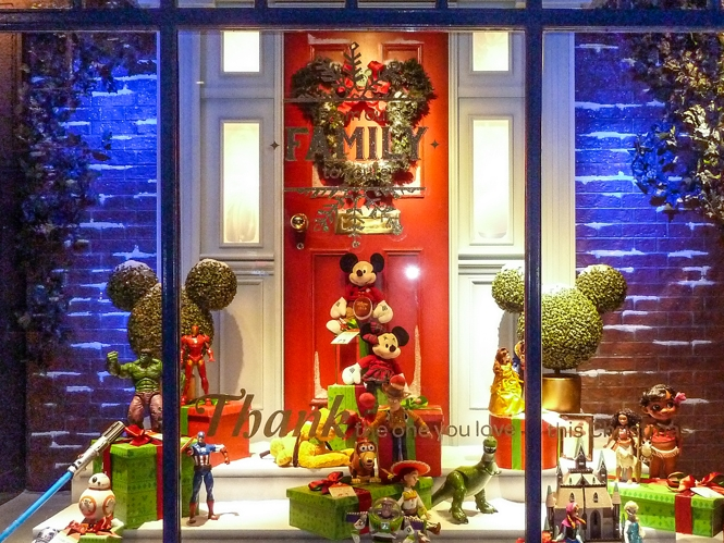 CHRISTMAS AT HOME - DISNEY     November 2016