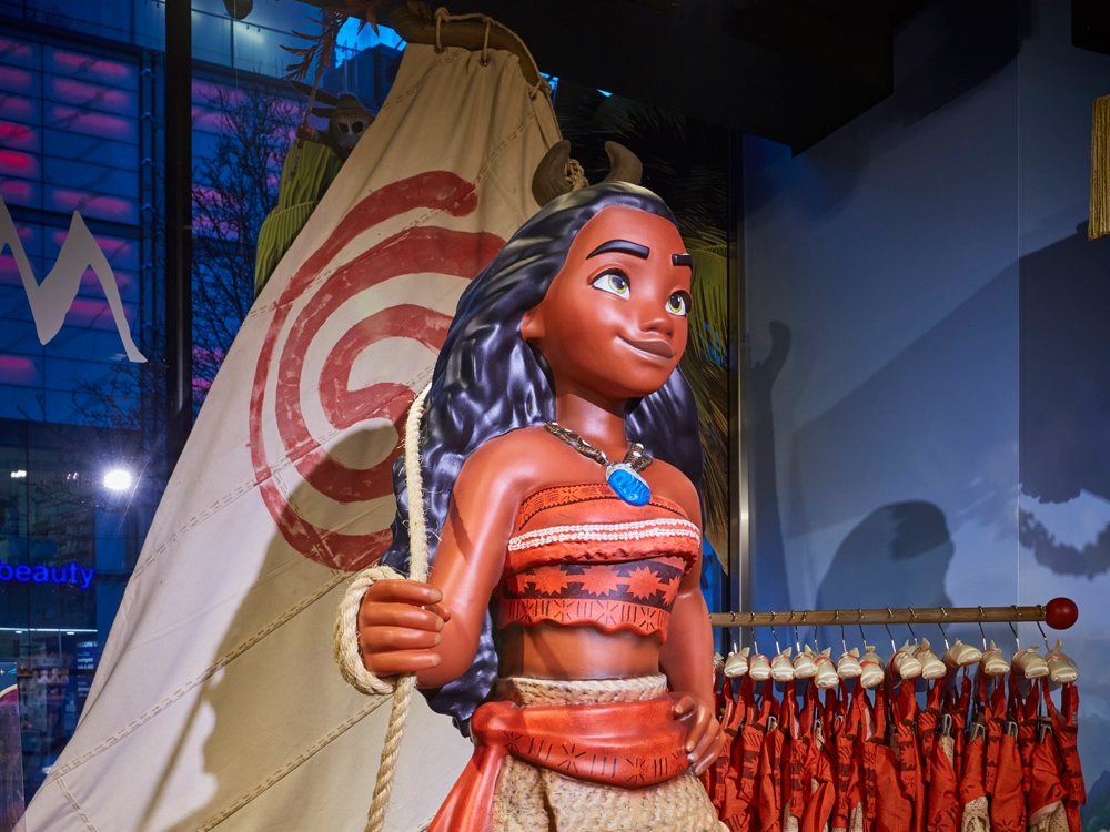 Propability,-Moana,-In-Store-Props-and-Display-4.jpg