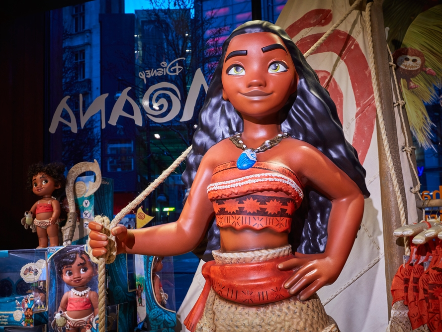 Propability,-Moana,-In-Store-Props-and-Display-3.jpg