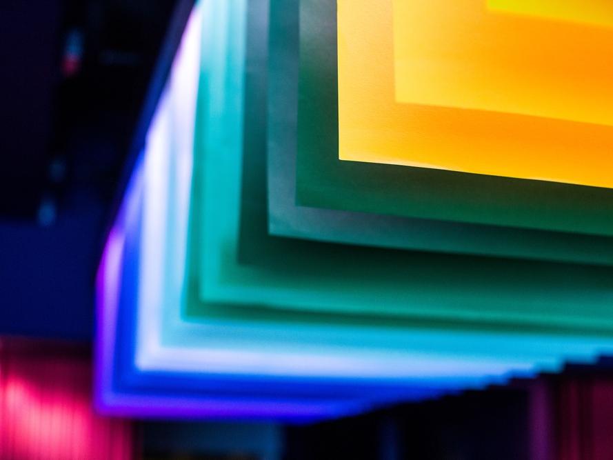 Creative-Productions,-Google,-VIP-Dinner-feature,-overhead-lighting,-Design2.jpg