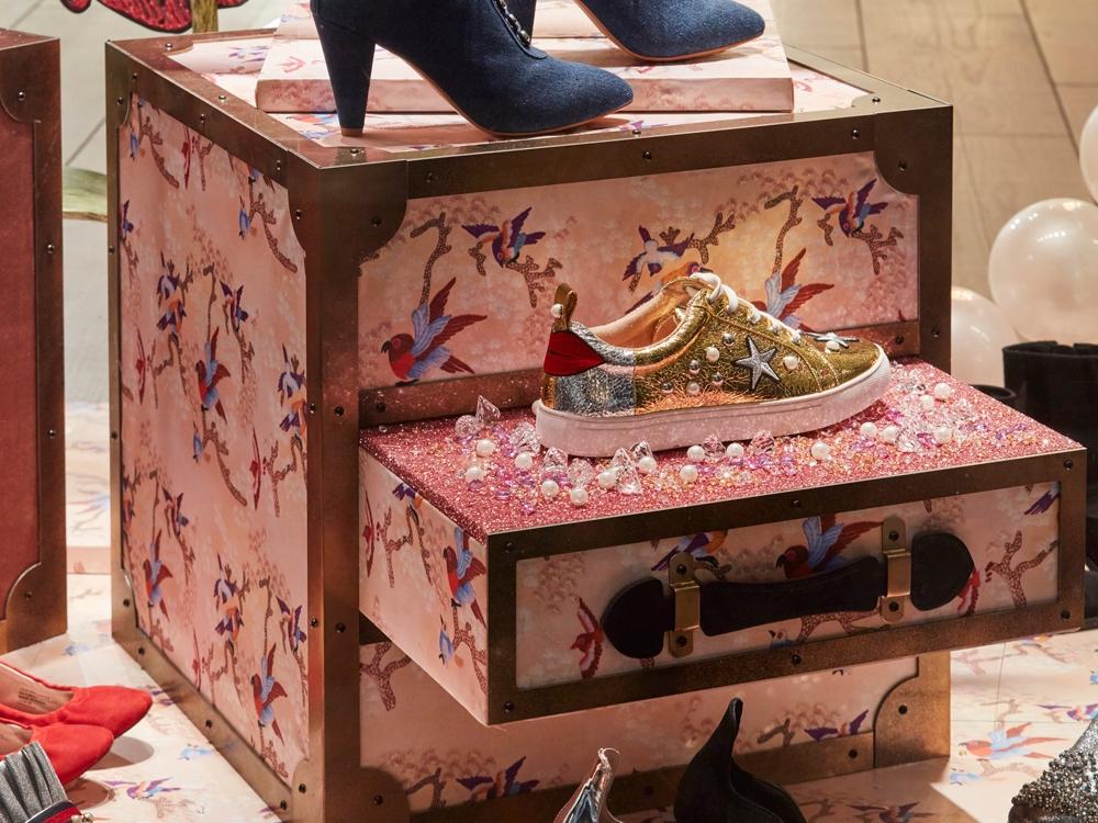 Window-Display,-Kurt-Geiger,-Fashion,-Shoes,-Retail,-Design,-Props3.jpg