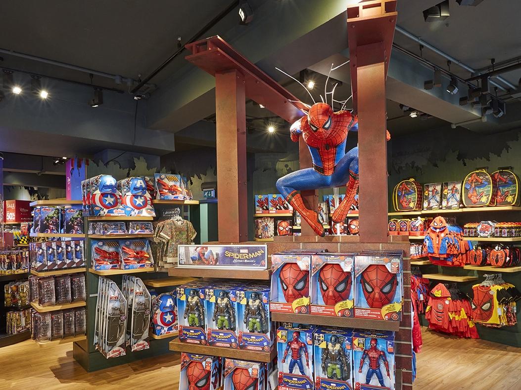Propability, Disney Store, SpiderMan Homecoming, Prop, Retail Design, VM.jpg