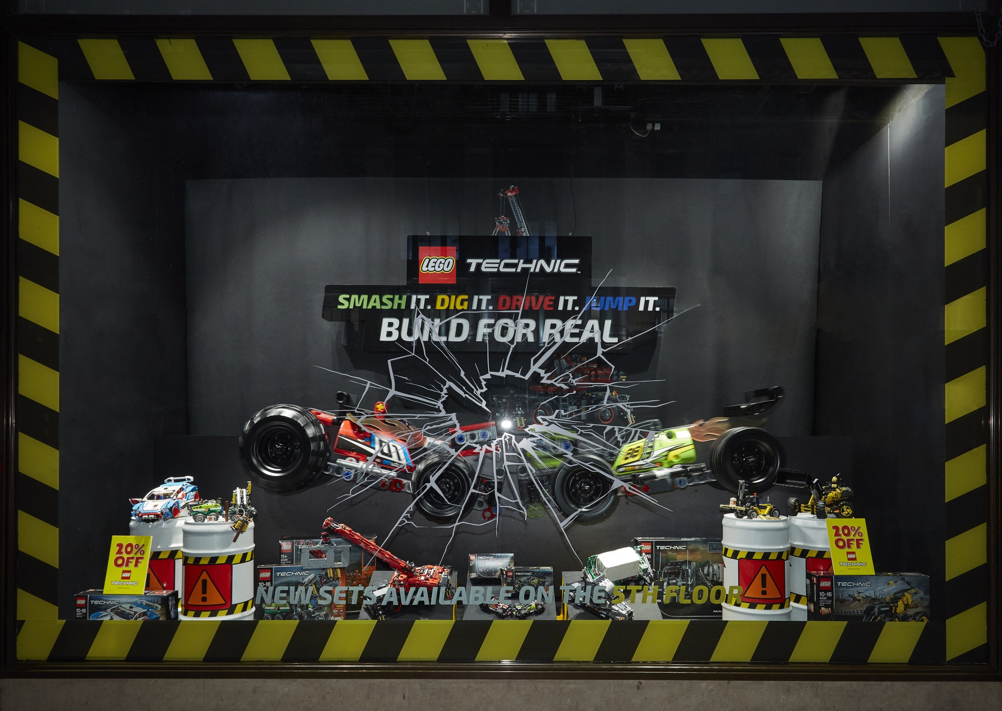LEGO TECHNIC - HAMLEYS, LONDON    Sept 2018