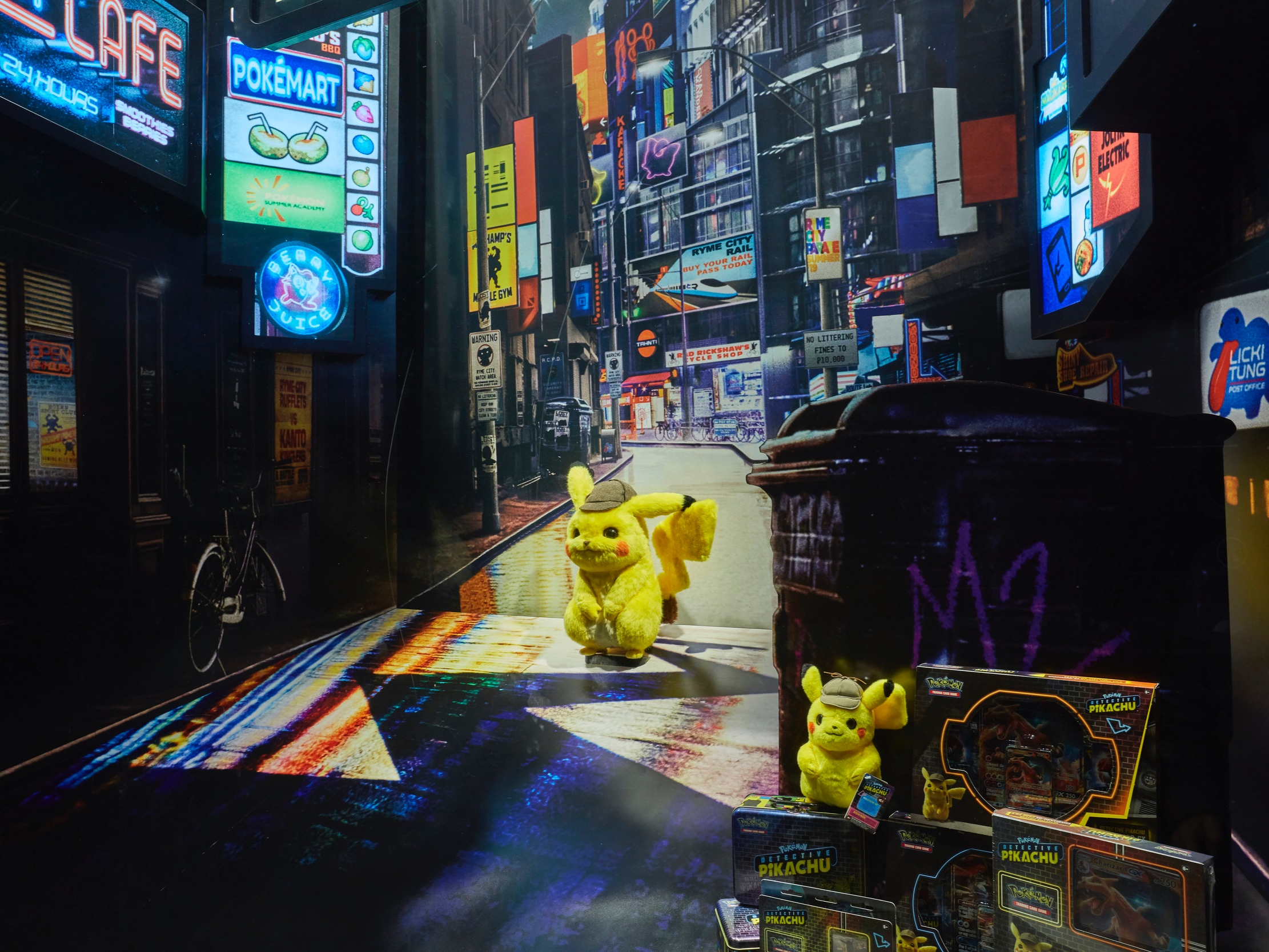 Pokemon+Pikachu+Detective%2C+Propability%2C+Hamleys+.jpg
