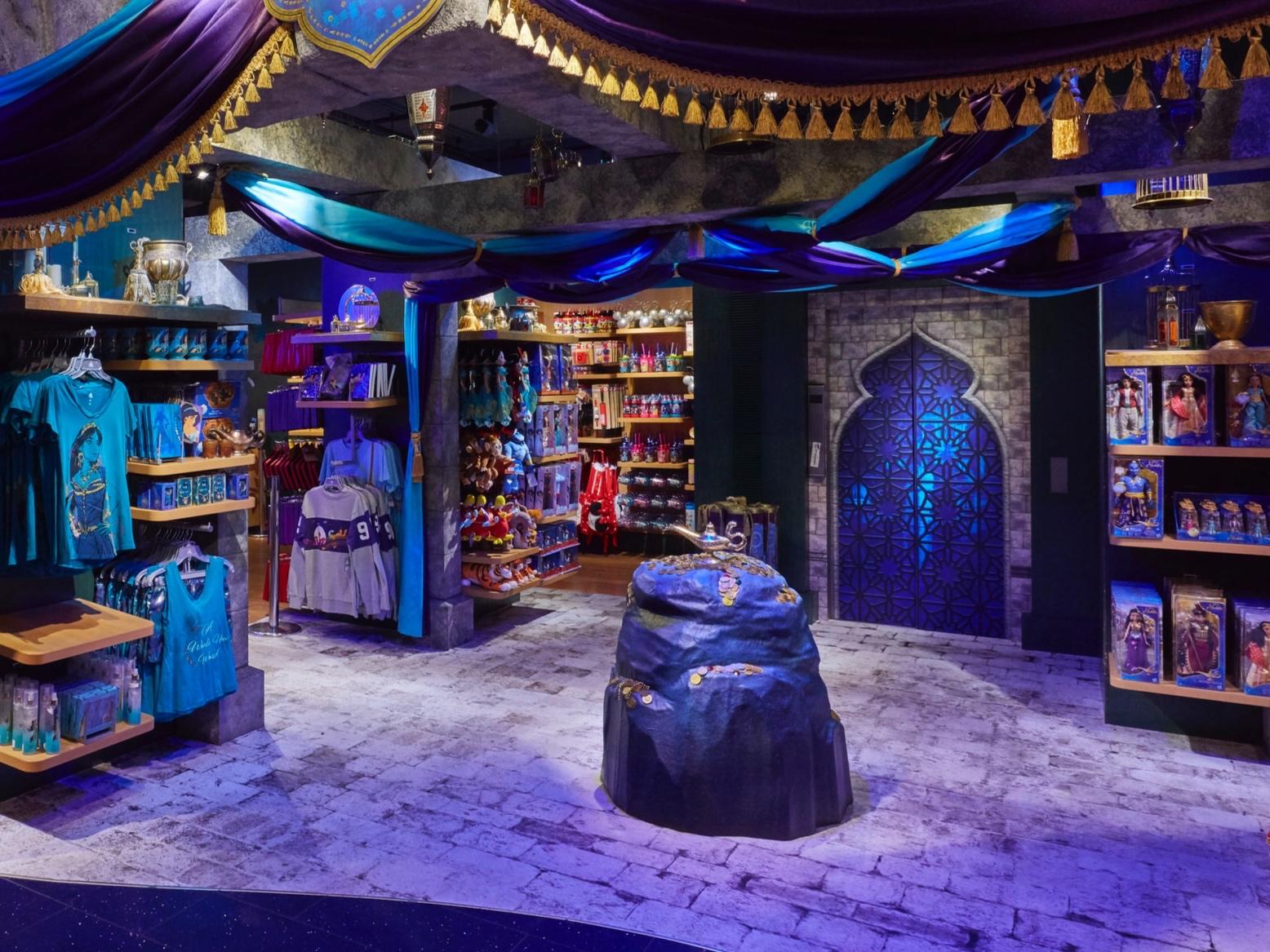 Aladdin Disney, Propability, Props, Sculpts, Display .jpg