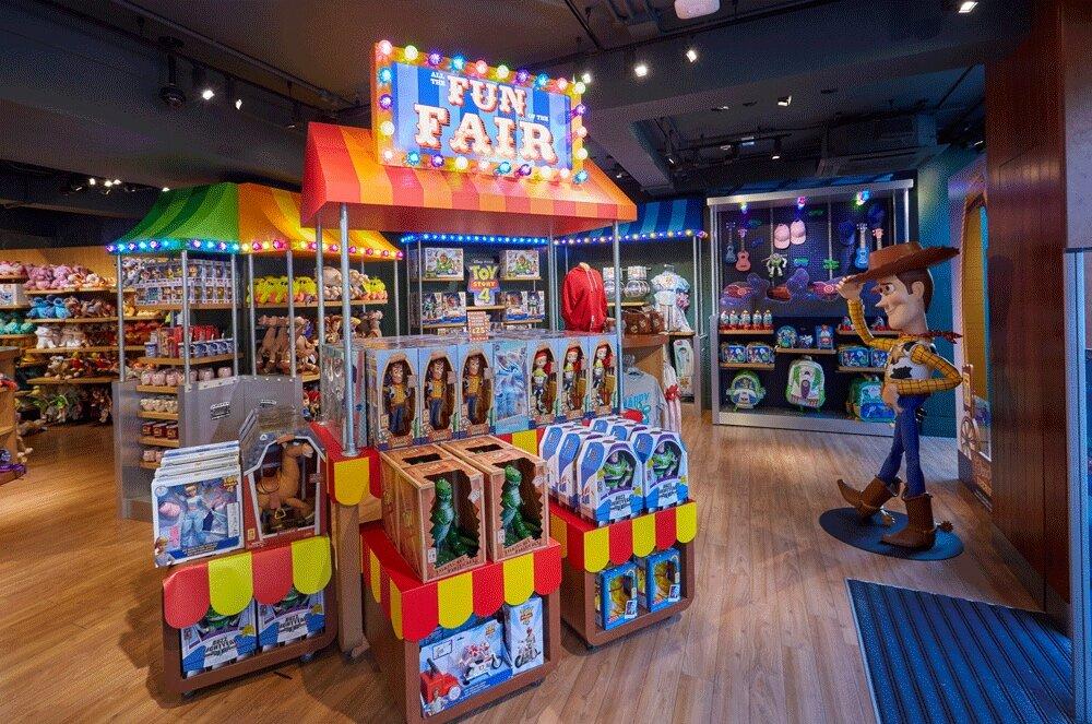 Propability%2C-Disney-Store%2C-Toy-Story-4%2C-Fun-Fair-display-.jpg