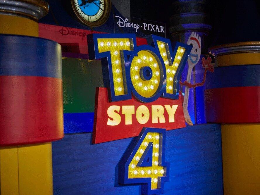 Propability%2C-Disney-Toy-Story-4%2C-Castle-Fixture%2C-Forky--.jpg