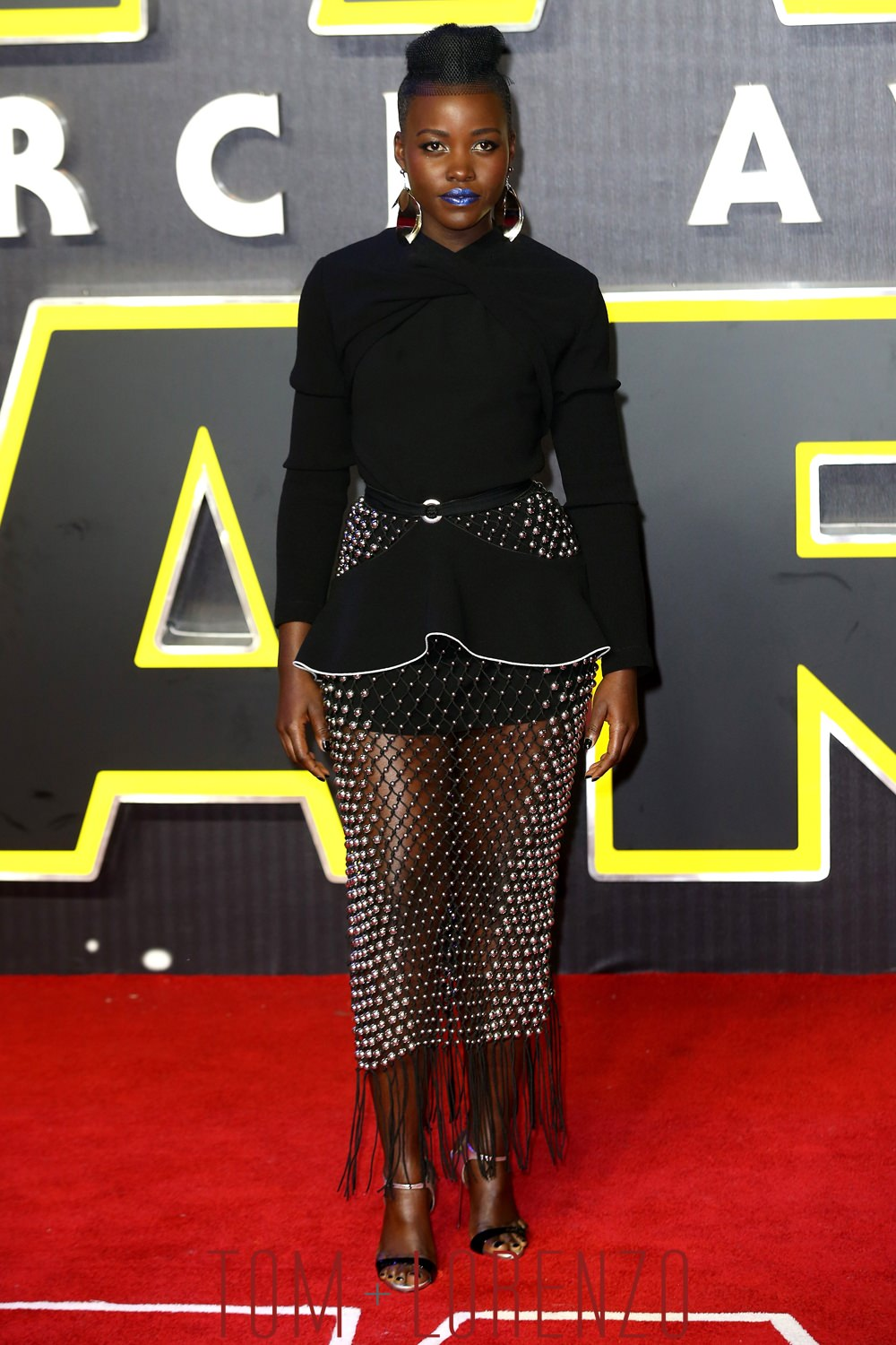Lupita-Nyongo-Star-Wars-Force-Awakens-Movie-London-European-Premiere-Tom-Lorenzo-Site-1.jpg